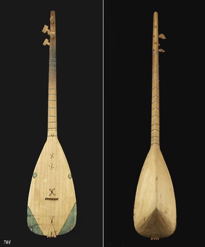 Albanees tokkelinstrument