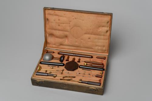 Instrumenten voor mineralogische electriciteit en magnetisme volgens Haüy