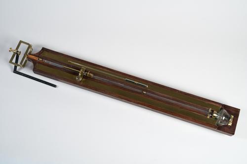 Bakbarometer met cardanusophanging