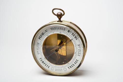 Metaalbarometer volgens Bourdon