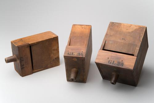 Drie orgelpijpen