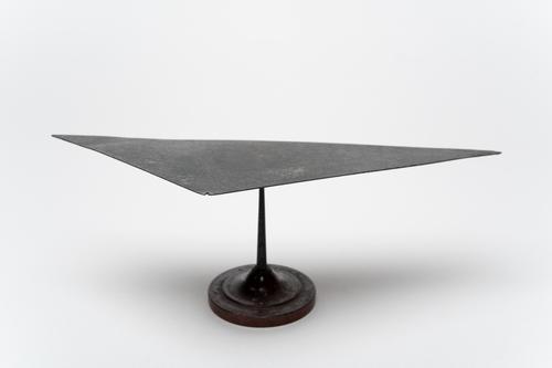 Metalen driehoek
