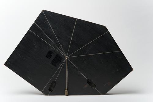 Veelzijdige plank met schietlood voor de leer van het zwaartepunt