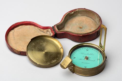 Peilkompas of azimuthkompas