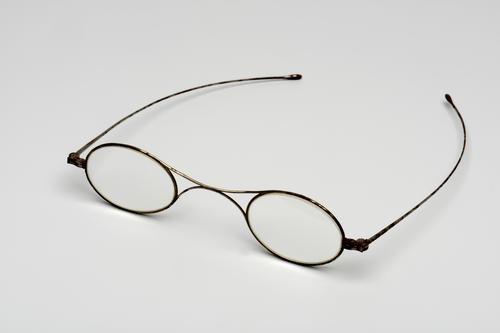 Bril met ovale glazen
