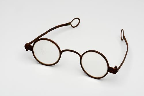 Slapenbril met stalen montuur