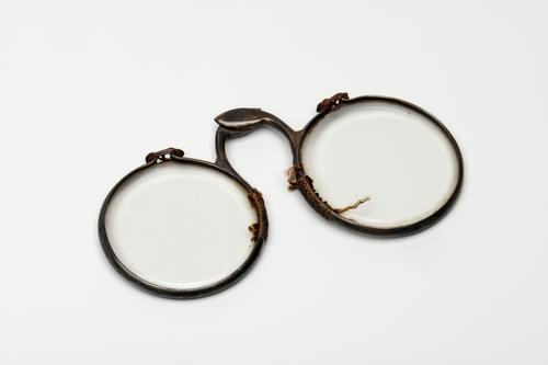 Scharnierbril