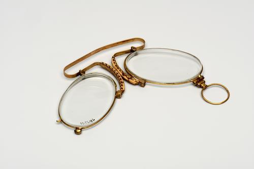Knijpbril met gouden montuur