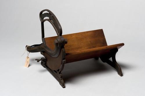 Kaassnijmachine uit het internaat van de Veeartsenijschool