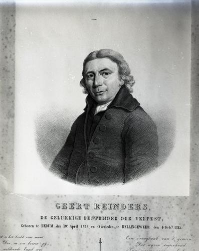 Reproductie van een gedenkportret van Geert Reinders